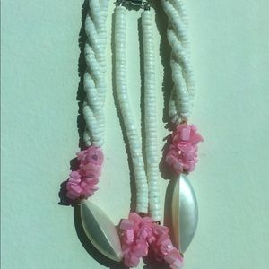 Vintage Puka Shell Necklace (White w/Pink)